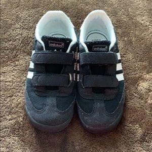 Adidas Dragon toddler size 10